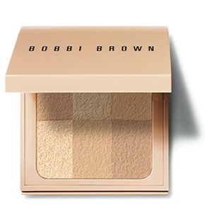 Пудра компактная Nude Finish Illuminating Powder